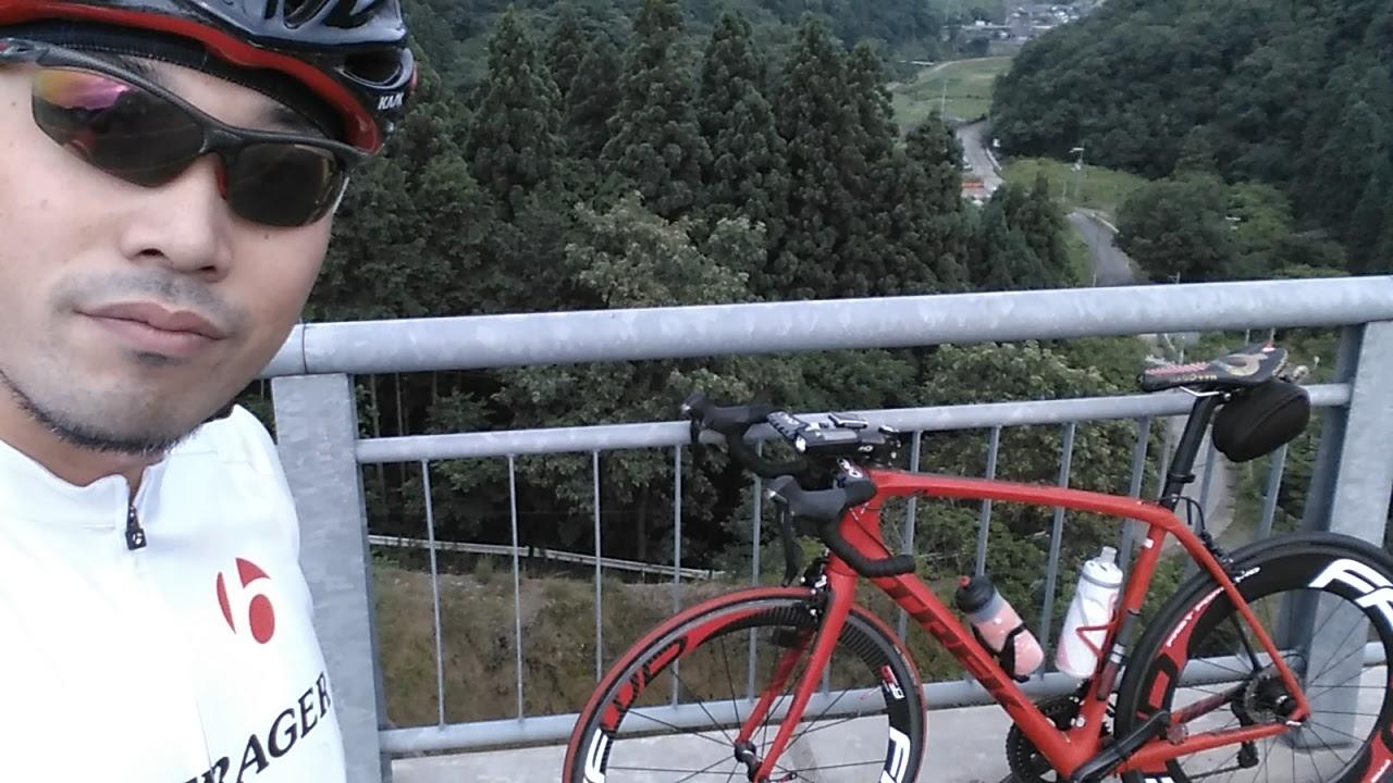 京丹波町畑川ダムの橋の上から。見晴らし良いです。